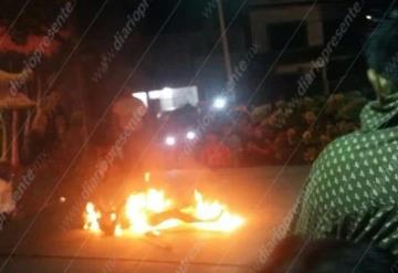 Detienen, linchan y queman a ladrón en Tamulté de las Sabanas.