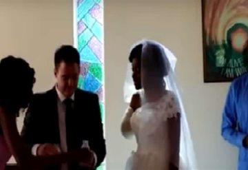 Un cocodrilo le arrancó el brazo días antes de su boda, pero eso no fue impedimento