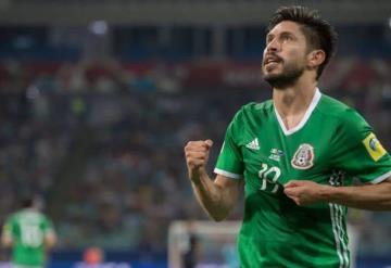 Oribe Peralta anuncia retiro de la selección mexicana