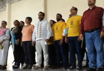 Perredistas anuncian que votarán por AMLO