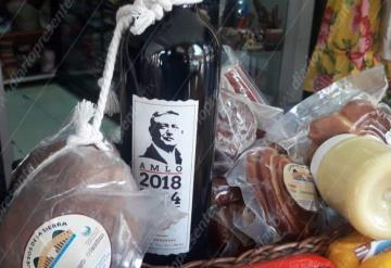 Venden vino con imagen de López Obrador en  Villahermosa