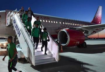 Avión de la selección árabe se incendia en plenos vuelo