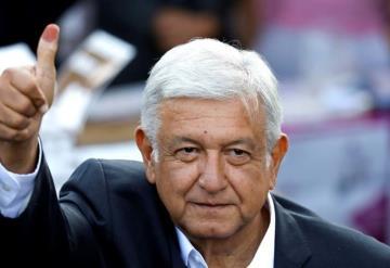 López Obrador, el primero que acude a votar