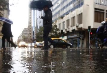 Prevén tormentas y altas temperaturas en gran parte del país
