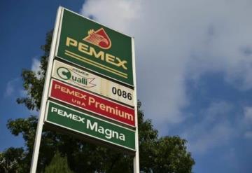 Pemex alerta sobre grupo delictivo que usurpa identidad de funcionarios para cometer fraudes