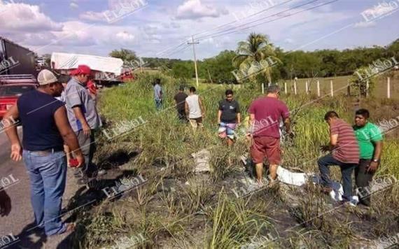 Muere en accidente sobre la carretera Villahermosa - Escarcega