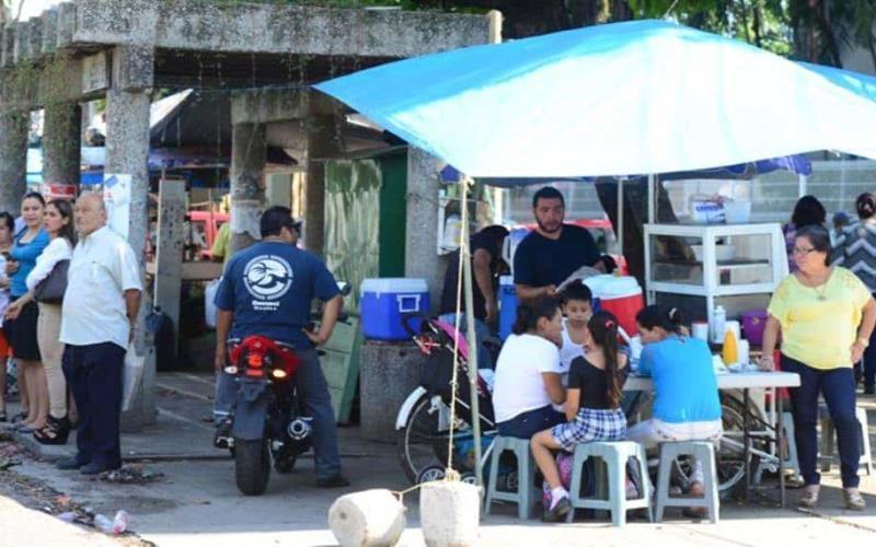 ¿Comes en la calle? Mil 227 tabasqueños han sido diagnosticados con tifoidea