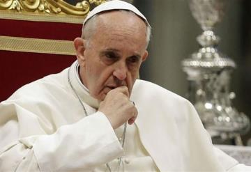 Papa pide perdón a Dios por escándalos de abuso