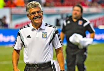 Tuca Ferretti asegura que se queda en el Tri si se lo pide Tigres