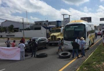 ¡Entérate! Cerrados los 4 carriles de la carretera Villahermosa - Cárdenas