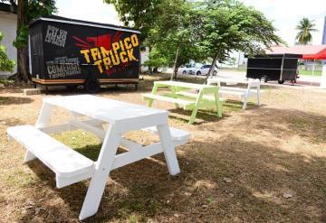Food Trucks, el nuevo corredor gastronómico que se instaló en lote baldío en La Choca