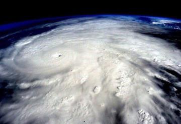 Así luce el ojo del huracán Florence desde el espacio