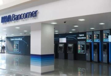 Bancomer cambiará mil 500 trabajadores por cajeros inteligentes