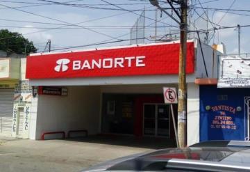 Asaltan banco en Cárdenas por huelga de policías