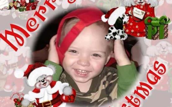 Adelantan la Navidad para hacer feliz a niño con cáncer
