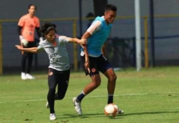 Se lesiona Diego Lainez en práctica del club América