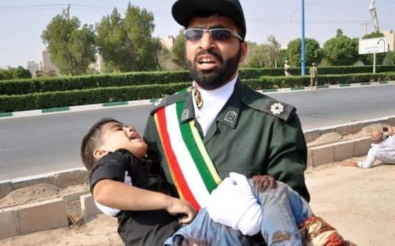 24 muertos en ataque durante un desfile militar en Irán