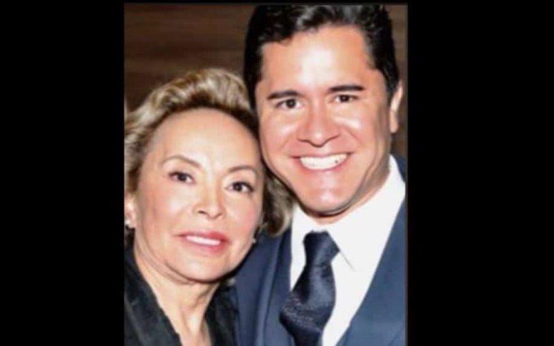 Elba Esther Gordillo se casó con su abogado, a quien le lleva 40 años
