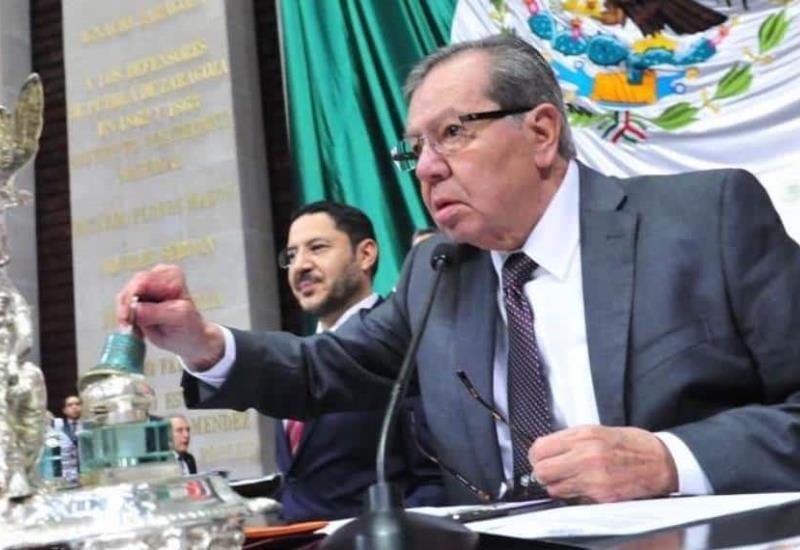 La consulta del aeropuerto no la vamos a pagar los diputados, afirma Muñoz Ledo