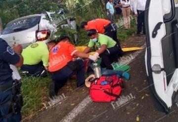 Accidente en la carretera Villahermosa-Frontera en la curva de El Espino