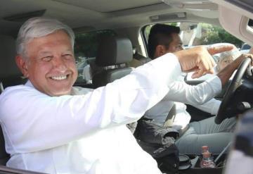 Televisa es extraordinaria para el país, dice López Obrador