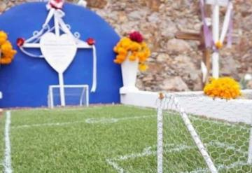 La tumba futbolera, una sensación en redes sociales
