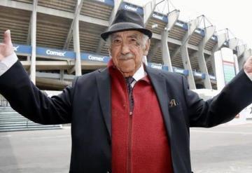 Falleció Melquiades Sánchez Orozco, voz oficial del Estadio Azteca