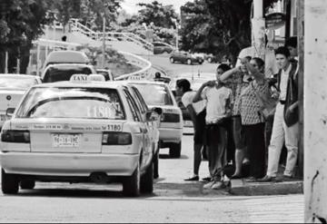 Suman quejas contra taxistas