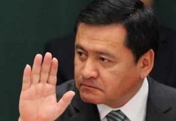 Osorio Chong dice que regulación de mariguana no resolverá violencia; plantea exportar amapola