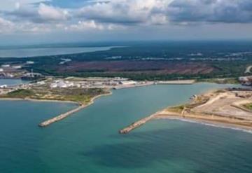 Cierran Puerto de Dos Bocas por mal tiempo
