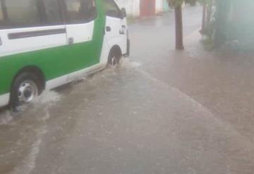 Lluvias causan primeras anegaciones en Teapa