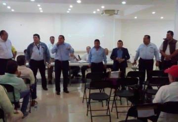 Presentan planillas aspirantes a la delegación de Radio Taxis en Villahermosa