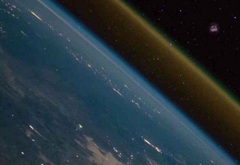 No es una escena de película o videojuego, es el lanzamiento de un cohete como jamás se había visto