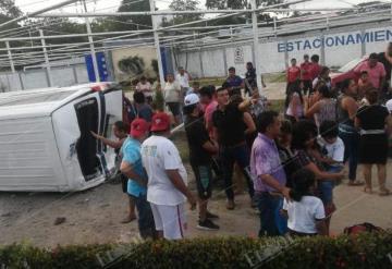 Fuerte accidente sobre la carretera Villahermosa - Cárdenas