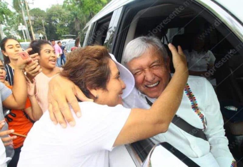 Tabasqueños demuestran su apoyo a Andrés Manuel López Obrador en su arribo al estado