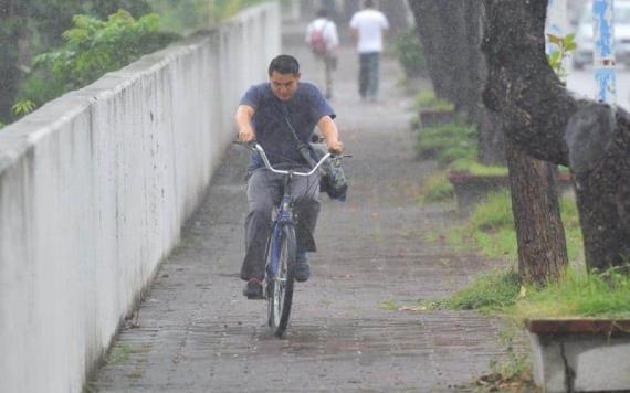 FOTOGALERÍA: Lunes frío y lluvioso en la capital Tabasqueña