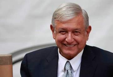 López Obrador desea suerte al Canelo a unas horas de su pelea