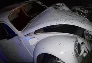 Muere motociclista en choque contra vocho