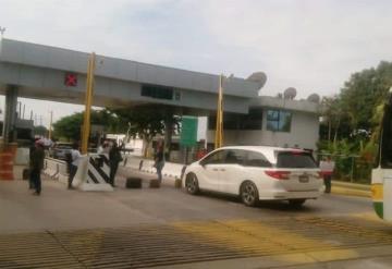 #AlertaVial Bloquean la carretera Villahermosa – Escárcega