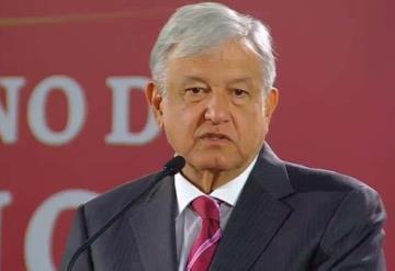 Bots proclaman guerra contra AMLO por accidente de Martha Érika y Rafael Moreno