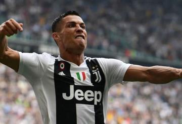 Cristiano Ronaldo a la banca con La Juve