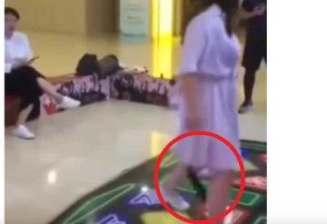 #VIDEO: Consolador salió de entre sus piernas mientras bailaba
