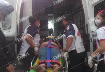 Irresponsable mujer fue atropellada a metros de un puente peatonal en Atasta