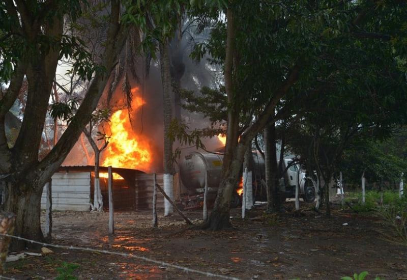 FOTOGALERIA: Así se vivió la explosión en Campo Carrizo