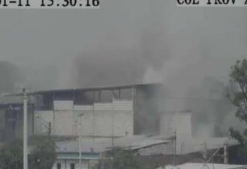16 muertos tras terrible incendio en clínica de Ecuador