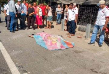 Hombre es arrollado y muere sobre la carretera Villahermosa-Cárdenas