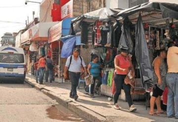 Reubicarán a comerciantes del Centro Histórico; temen baja en ventas