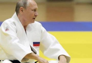 Cae Putin en combate