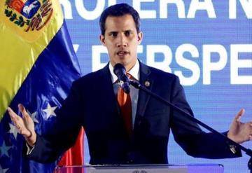 Pide Guaidó a López Obrador cambiar su postura sobre Venezuela