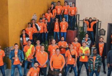 Jugadores del Club América se toman fotos oficiales en La Vecindad del Chavo